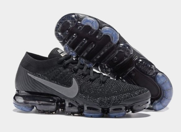 Фото Nike Air VaporMax Flyknit Black-3